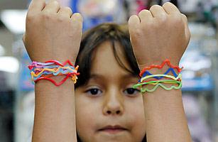 top10_silly_bandz_0528