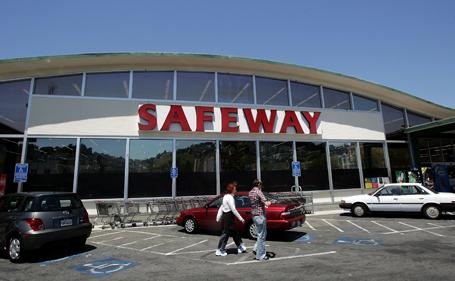 Safeway Posts Larger Than Expected Q2 Profit