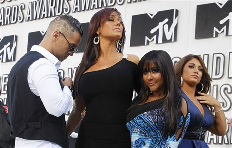 """Jersey Shore"" cast members pose at the 2010 MTV Video Music Awards in Los Angeles"