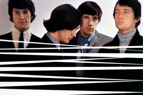 Photo of KINKS and Ray DAVIES and Dave DAVIES and Pete QUAIFE and Mick AVORY