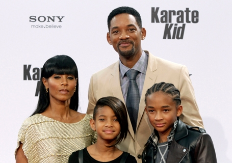 Will Smith with his wife Jada Pinkett Smith, and their children Jaden and Willow