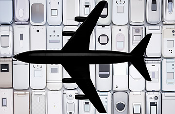 360_newsfeed_cellplane_0610