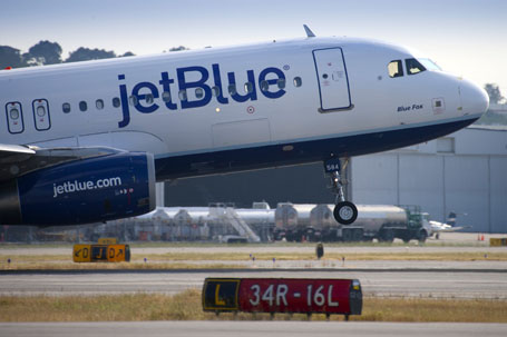 JetBlue Announces Quarterly Earnings