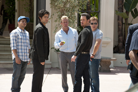 The cast of Entourage from Episode 4 of the show's final season (Photp Courtesy of HBO)