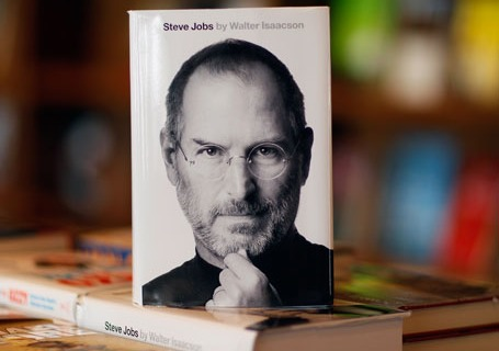 Anticipated Biography Of Steve Jobs Goes On Sale