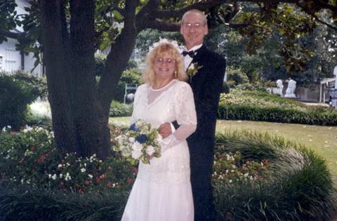 100 Weddings