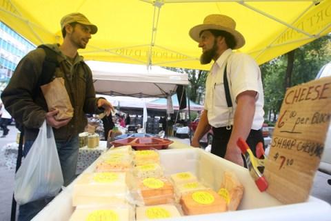 Farmers Markets Gain In Popularity In U.S.