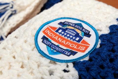 Crafts Super Bowl Scarves