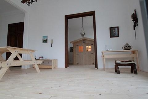 Mortierbrigade Hotel Wood Room