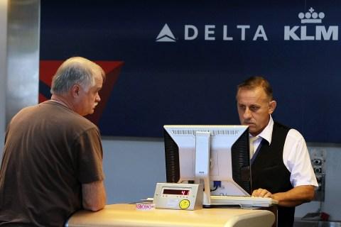 Delta Air Profit Trails Analysts' Estimates on Rising Fuel Costs