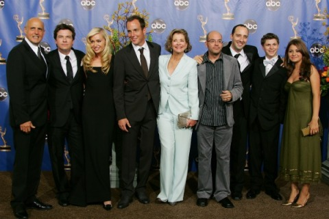 Arrested Development's fourth season will air all at once