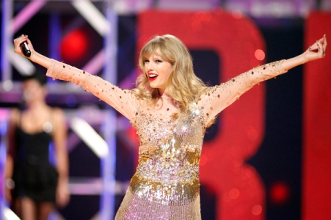 Internet Pranksters Win A Taylor Swift Concert For School For The Deaf Time Com