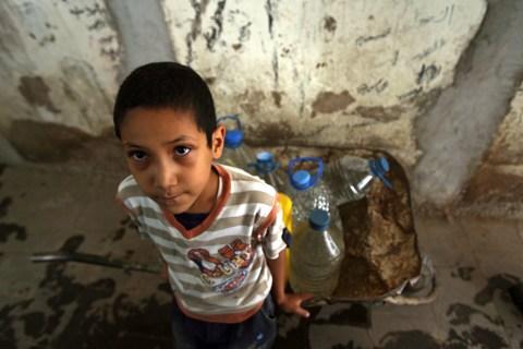 top10_underreported_yemenwatercrisis.jpg