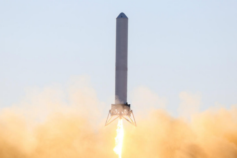 image: SpaceX's vertical Grasshopper rocket is seen launching on December 17, 2012 in McGregor, Texas.