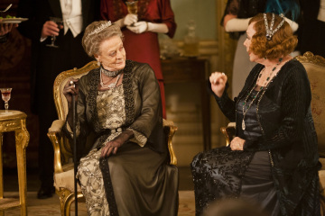 img: Maggie Smith as the Dowager Countess of Grantham, left, and Shirley MacLaine as Martha Levinson.