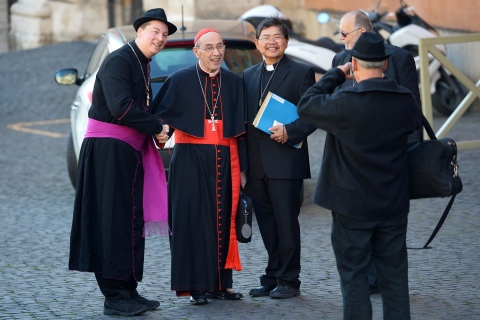 VATICAN-POPE-CONCLAVE-MEETING-CARDINALS-FAKE BISHOP-OFFBEAT