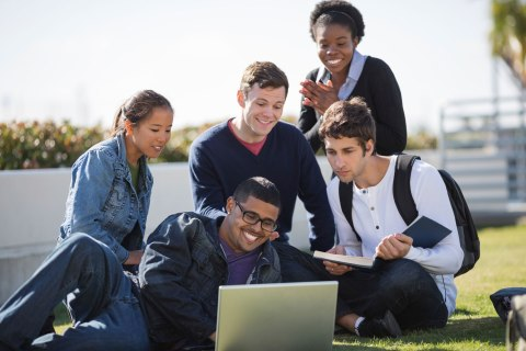 nf_college_students_0502