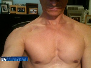 A photo from the website Biggovernment.com shows a shirtless U.S. Representative Anthony Weiner which was emailed to a young woman.