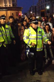 london-police-breakdancing