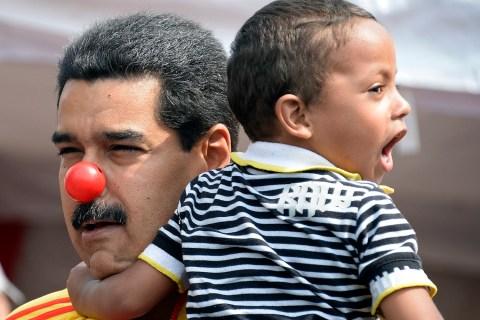 VENEZUELA-VIOLENCE-CRIME-DISARMAMENT-MADURO
