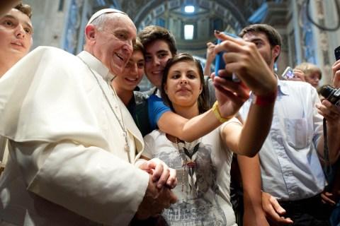 POPE FRANCIS MEETS PIACENZA PILGRIMS