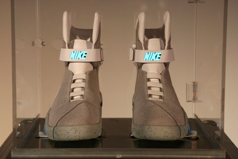 Emma Willis At 2011 NIKE MAG Private Auction
